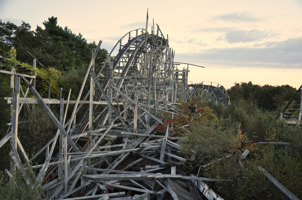 In Photos 10 Amazingly Creepy Abandoned Amusement Parks Page 1