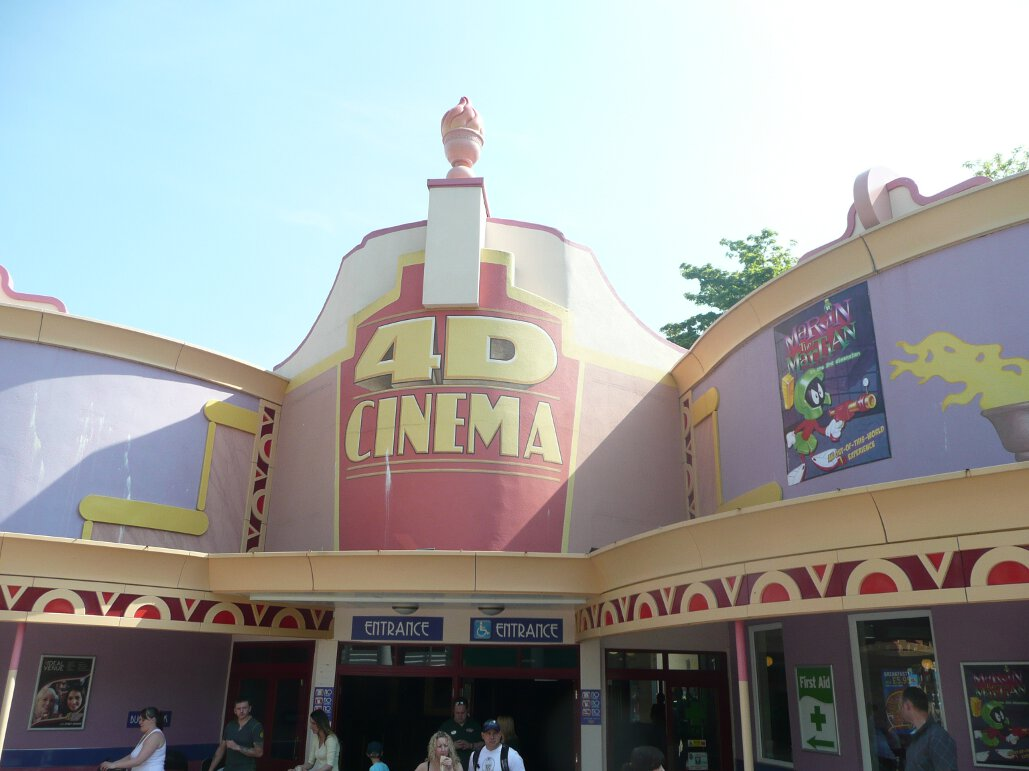 4D Cinema at Drayton Manor (1)