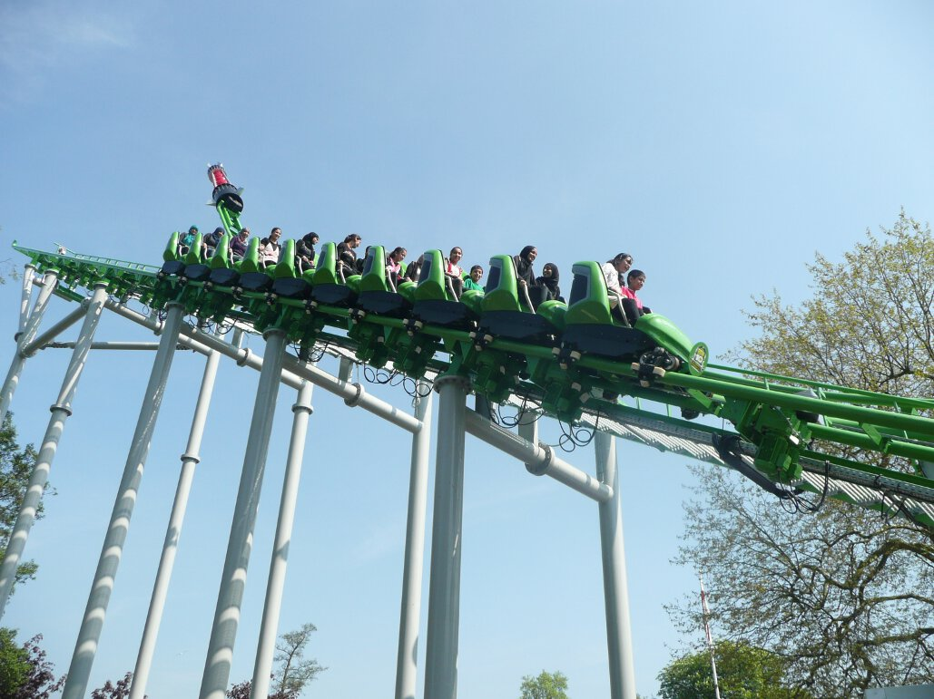 Ben 10 Ultimate Mission lift hill (1)