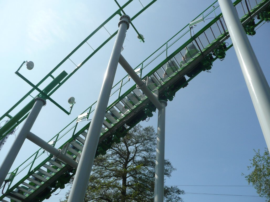 Ben 10 Ultimate Mission lift hill (2)
