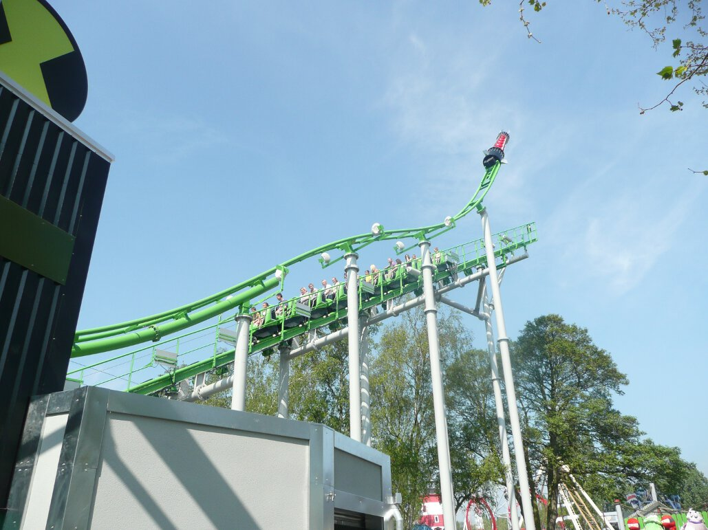 Ben 10 Ultimate Mission lift hill (4)