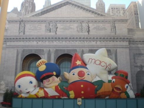 Macy's Holiday Floats