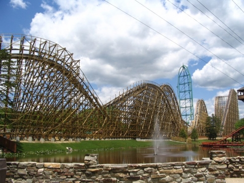 El Toro rollercoaster at Six Flags Great Adventure