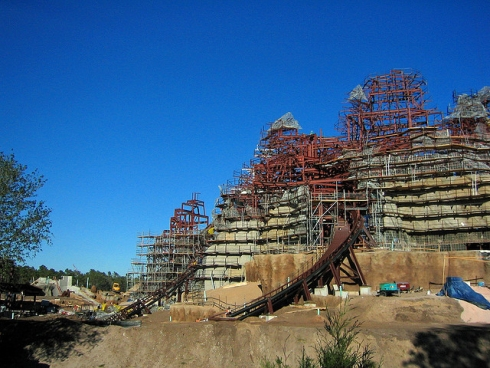 Expedition Everest construction (1)
