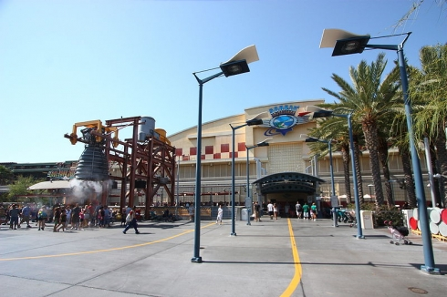 Soarin' Over California exterior