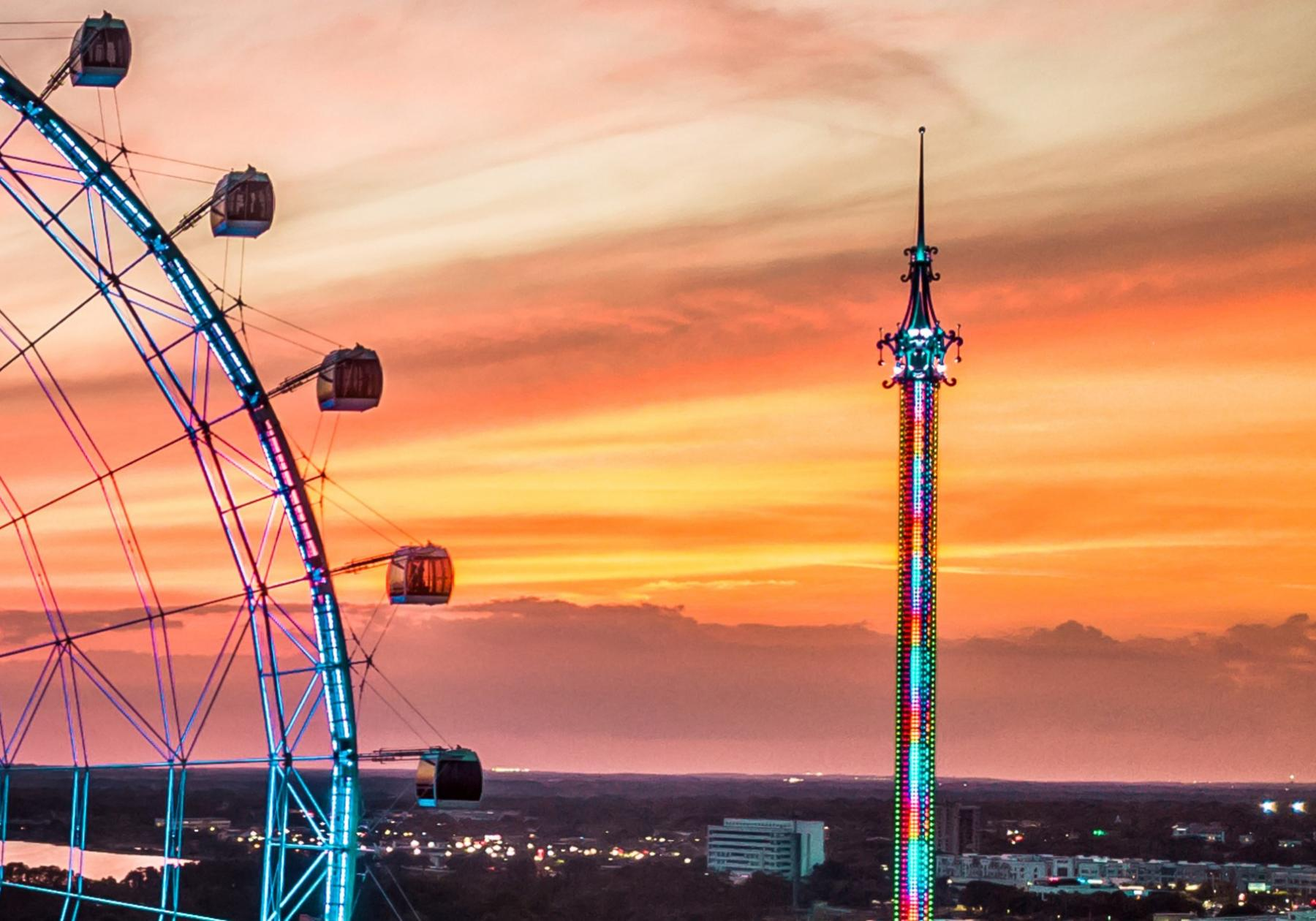 Shot of The Wheel and the Orlando StarFlyer