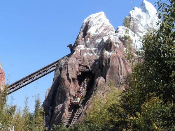 Expedition Everest relies on fast dispatches