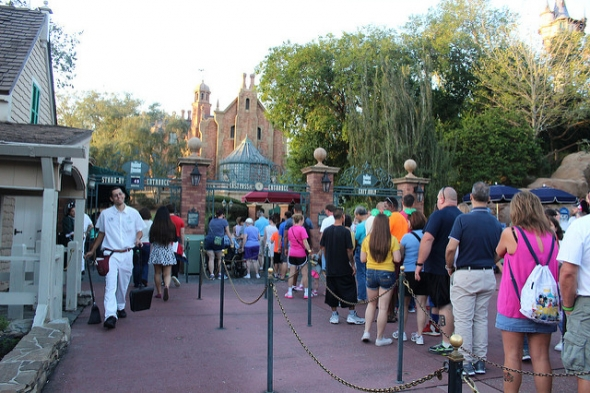 Crowds at Haunted Mansion