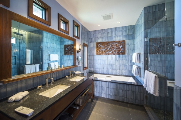 Bathroom at Bungalows at Polynesian Resort