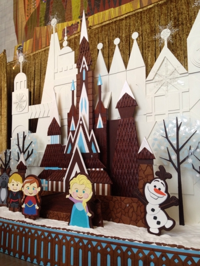 Contemporary Frozen Gingerbread