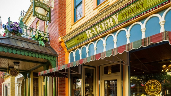 Starbucks at Main Street Bakery in Magic Kingdom - Image © Disney