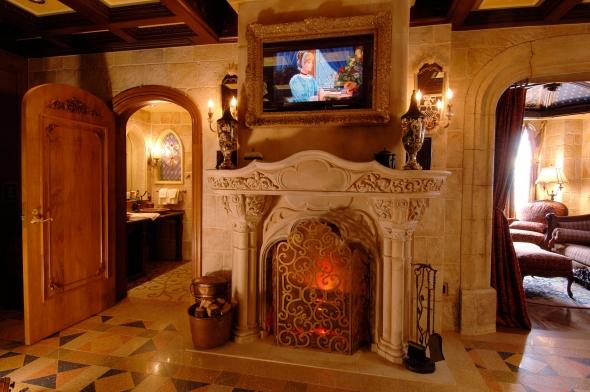 Castle suite fireplace