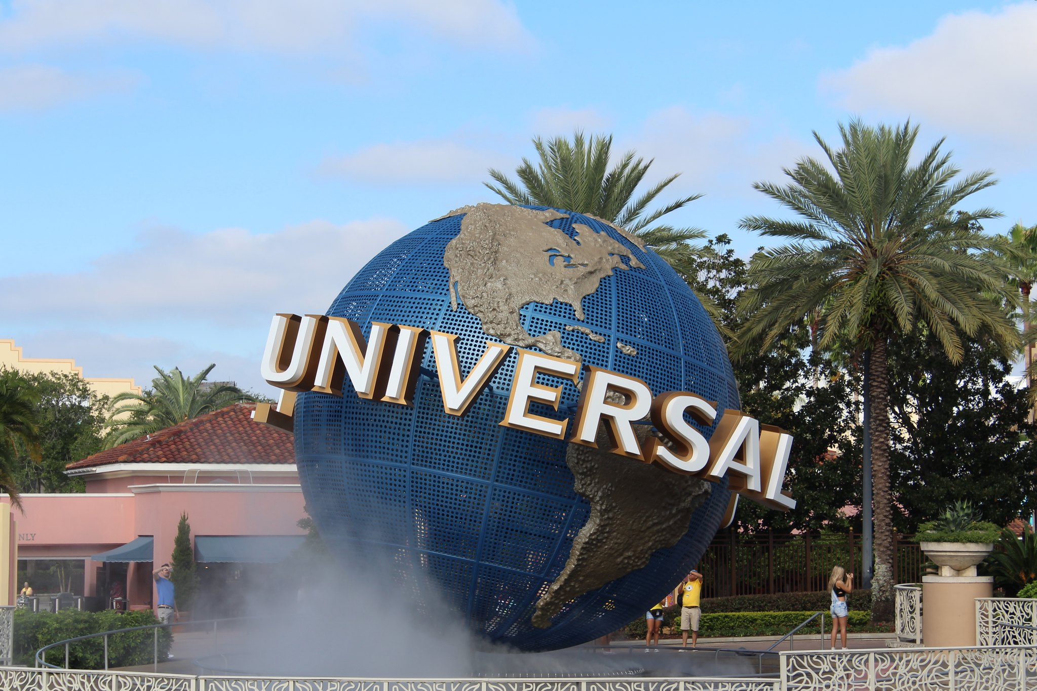 Save 5 when booking a Universal Orlando Resort Hotels