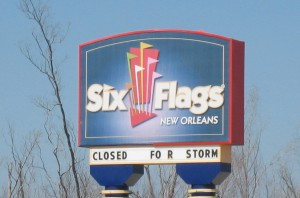 Six Flags New Orleans sign