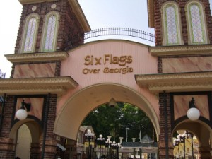 Six Flags Over Georgia entrance image