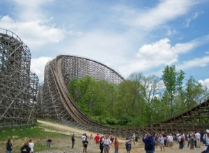 Son of Beast roller coaster