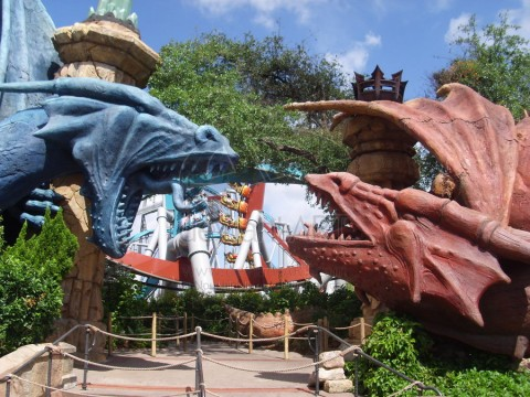 Dueling Dragons. Image: Theme Park University