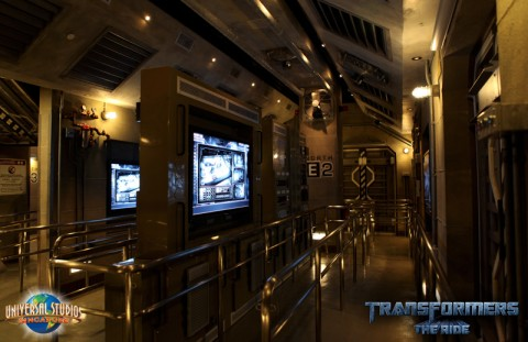 Transformers The Ride queue image