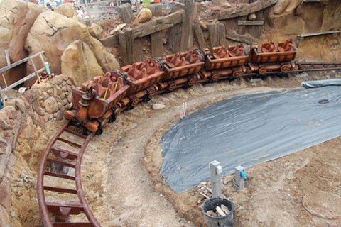 Seven Dwarfs Mine Train Drop Test
