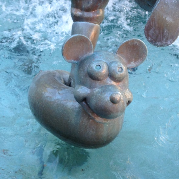 Mickey in Miss Piggy Fountain